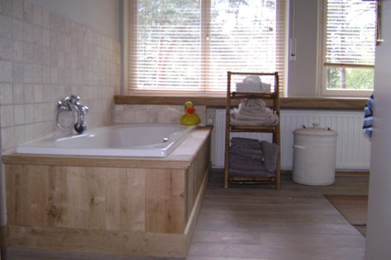 Onderbouw Wasbak Badkamer ~ badkamer afgewerkt in eiken parket